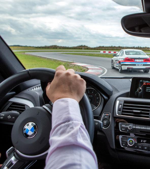 doskonalenie jazdy samochodem